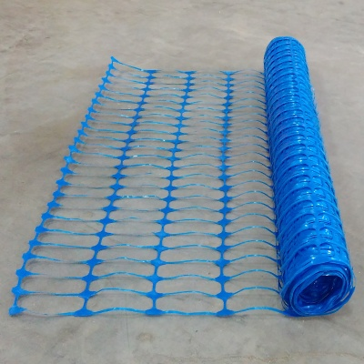 Blue plastic mesh barrier safety fencing + steel fencing pins